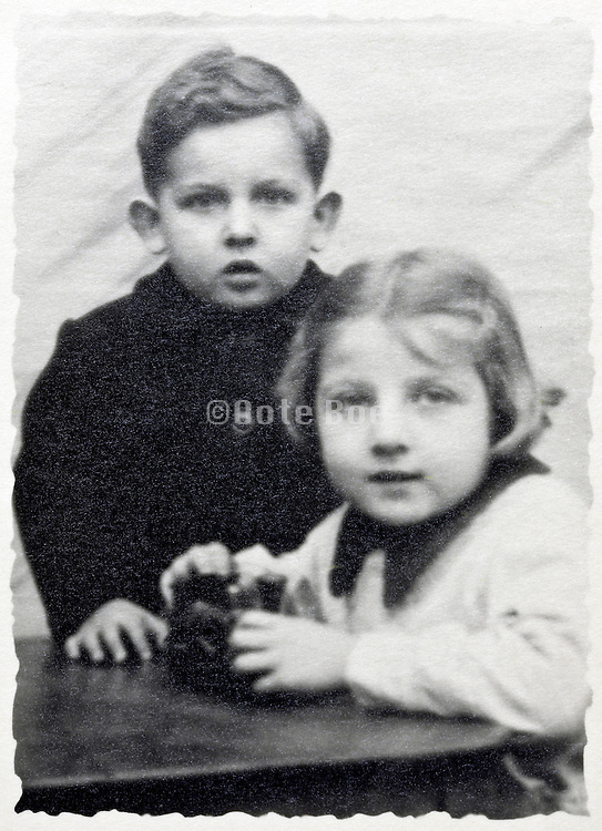 brother and sister black and white portrait 1950s France