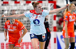 06-12-2019 JAP: Norway - Netherlands, Kumamoto<br /> Last match groep A at 24th IHF Women's Handball World Championship. / The Dutch handball players won in an exciting game of fear gegner Norway and wrote in the last group match at the World Handball  World Championship history (30-28). / Emilie Hegh Arntzen #3 of Norway