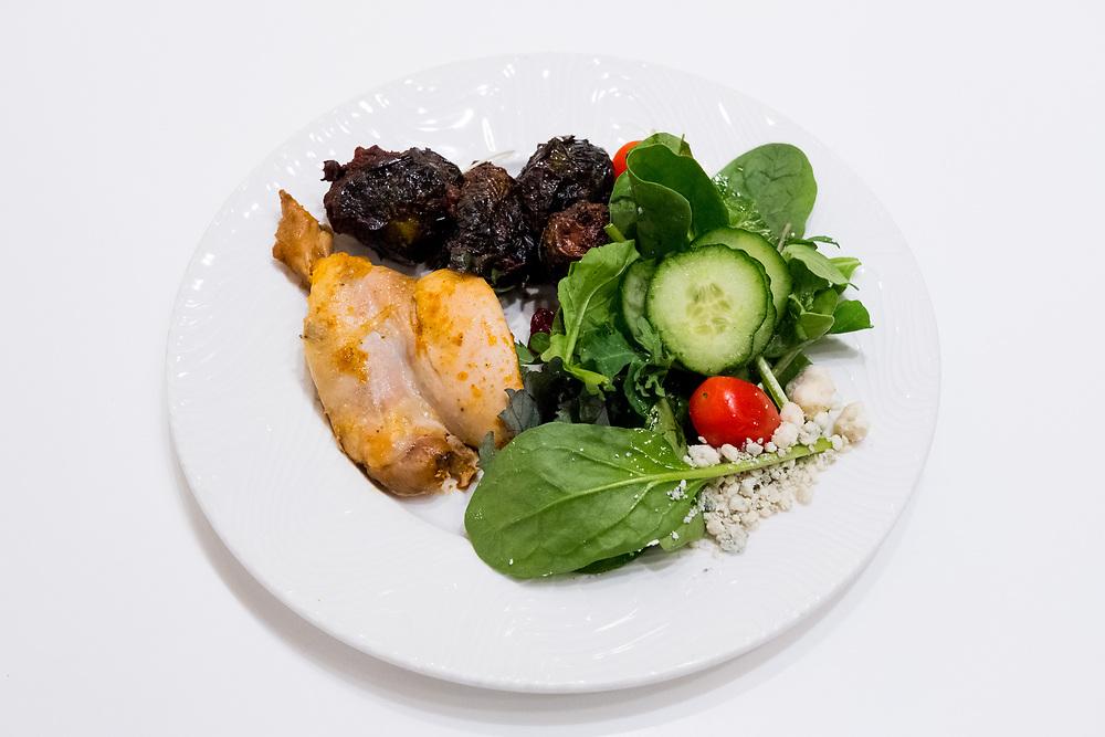 Harissa Chicken and Veggies at Dallas / Fort Worth Centurion Lounge (HGB$) - Flight to Baja