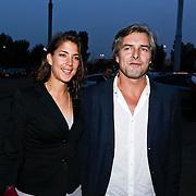 NLD/Amsterdam/20101007 - Europesche premiere Cirque du Soleil Totem, Victor Reinier en partner