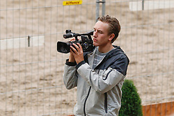 Camera man<br /> KWPN Paardendagen Ermelo 2010<br /> © Dirk Caremans