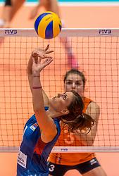 07-06-2018 NED: Volleyball Nations League Netherlands - Serbia, Rotterdam<br /> Bojana Zivkovic #4 of Servië