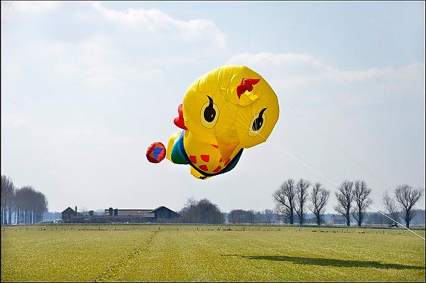 Nederland, Ewijk, 1-4-2013Kippenfarm voor leghennen houdt open dag vanwege Pasen. Er zijn vrije uitloop kippen.Foto: Flip Franssen/Hollandse Hoogte