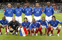 Fotball<br /> EM-kvalifisering<br /> 06.09.2003<br /> Frankrike v Kypros<br /> NORWAY ONLY<br /> Foto: Digitalsport<br /> <br /> FOOTBALL - EURO 2004 - QUALIFICATIONS - FRANCE v CYPRUS - 030906 - TEAM FRANCE ( BACK ROW LEFT TO RIGHT : MICKAEL SILVESTRE / LILIAN THURAM / MARCEL DESAILLY / DAVID TREZEGUET / PATRICK VIEIRA . FRONT ROW : CLAUDE MAKELELE / FABIEN BARTHEZ / BIXENTE LIZARAZU / SYLVAIN WILTORD / THIERRY HENRY / ROBERT PIRES ) - PHOTO GUY JEFFROY