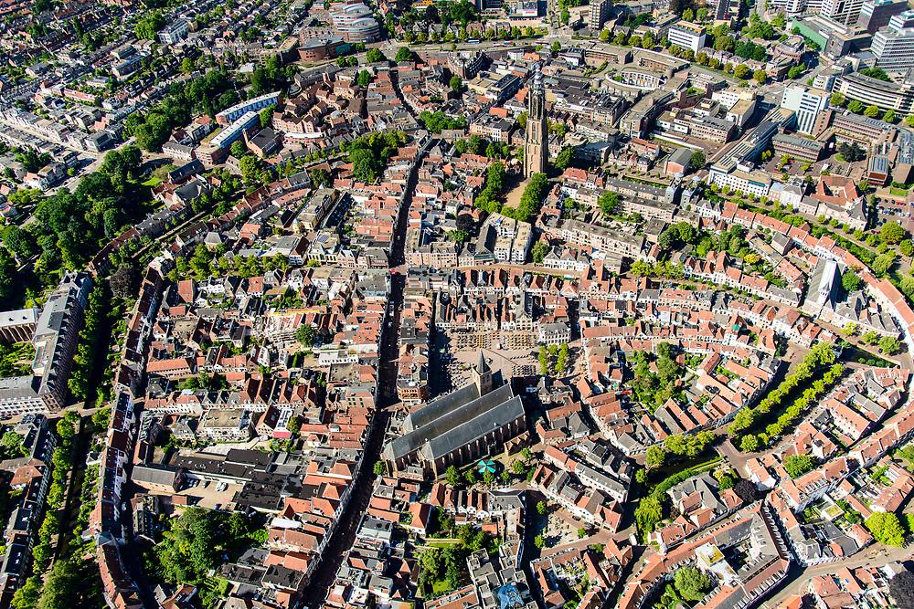 Nederland, Utrecht, Amersfoort, 17-07-2017; centrum Amersfoort met als bezienswaardigheden binnen de Stadsring aan het Hof de Sint-Joriskerk en de Onze Lieve Vrouwetoren.<br /> Center of Amersfoort with the Stadsring and historical sights.<br /> <br /> luchtfoto (toeslag op standard tarieven);<br /> aerial photo (additional fee required);<br /> copyright foto/photo Siebe Swart