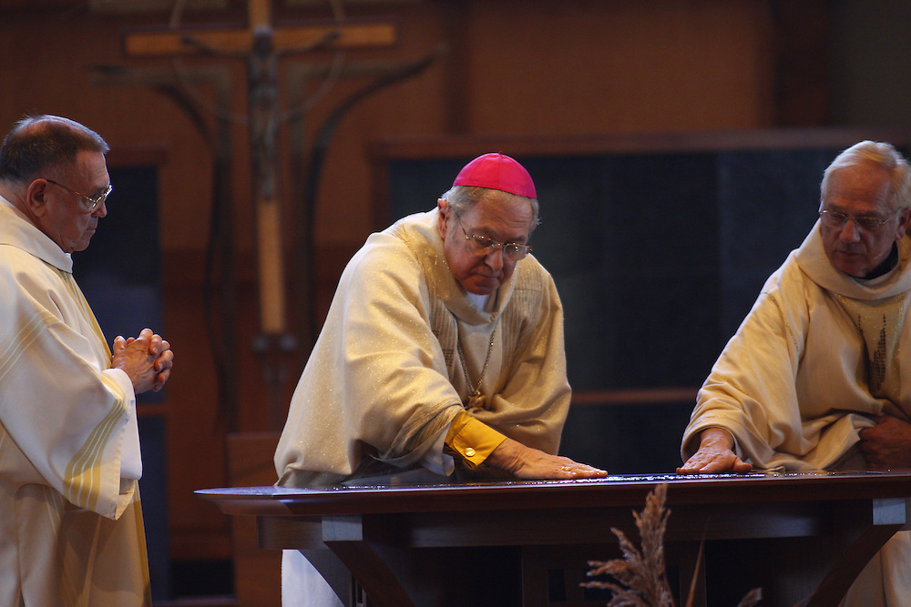 Bishop Richard J. Sklba anoints the alter at St. Stephen Church Sunday, Nov. 22.