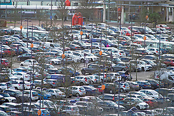 © Licensed to London News Pictures. 21/12/2018. Greenhithe, UK.Bluewater car parks look very busy this afternoon as Christmas shoppers flock to the shopping centre in Kent.Photo credit: Grant Falvey/LNP