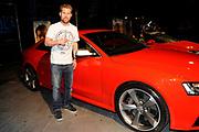 Grootste Drive In (Veronica) van Europa met 350 auto's in de Amsterdam Arena voor de film The Hangover Part II.<br /> <br /> Op de foto:<br /> <br /> <br />  Tim Haars