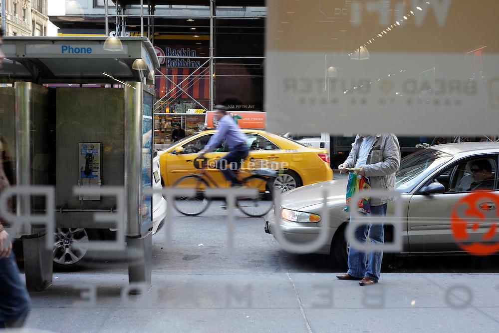 New York City street scene on 5th Avenue midtown Manhattan