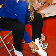 """NLD/Utrecht/20100907 - 1e Training zangeres Do voor de nieuwe Holiday on Ice show """" Energia"""","""