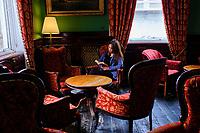 République d'Irlande, Dublin, le Library Bar au Central Hotel // Republic of Ireland; Dublin, The Library Bar at Central Hotel