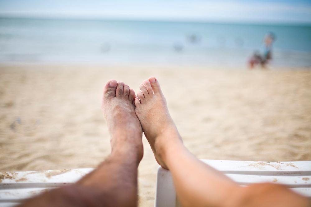 Isla Margarita_Venezuela...Litoral de Isla Margarita, Venezuela. Na foto pes de um casal...Coast of Isla Margarita, Venezuela. In the photo feet of a couple...Foto: JOAO MARCOS ROSA / NITRO