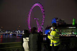 © Licensed to London News Pictures.31/12/2020, London, UK. Police patrolling the streets of central London as three quarters of England plunged into Tier 4 last night. This New Year's Eve Londoners need to stay at home according to Tier 4 guidelines. Photo credit: Marcin Nowak/LNP