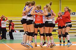 12-04-2015 NED: Eurosped-TVT - VC Sneek, Almelo<br /> Sneek wint de eerste wedstrijd in een serie best of five met 3-0