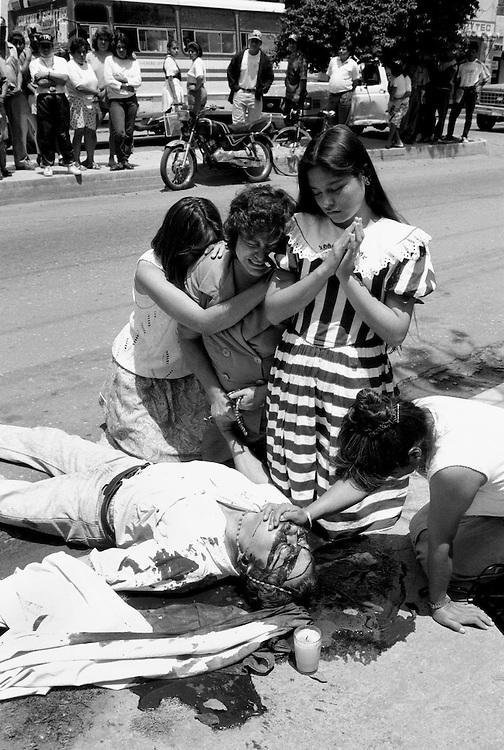 Man murdered, Oaxaca, Mexico