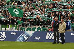 18.09.2010, Weserstadion, Bremen, GER, 1. FBL, Werder Bremen vs 1. FSV Mainz 05, im Bild Thomas Schaaf (Trainer Werder Bremen, links), Klaus Allofs (rechts)   EXPA Pictures © 2010, PhotoCredit: EXPA/ nph/  Frisch+++++ ATTENTION - OUT OF GER +++++ / SPORTIDA PHOTO AGENCY