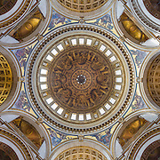 Architect: Christopher Wren. Painting: James Thornhill.