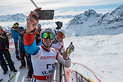 09.02.2017, St. Moritz, SUI, FIS Weltmeisterschaften Ski Alpin, St. Moritz 2017, Abfahrt, Herren, Training, im Bild Forläufer am Free Fall Start // Forerunners pose at the free fall start during the practice run of men's Downhill of the FIS Ski World Championships 2017. St. Moritz, Switzerland on 2017/02/09. EXPA Pictures © 2017, PhotoCredit: EXPA/ Alessandro Della Bella/ POOL