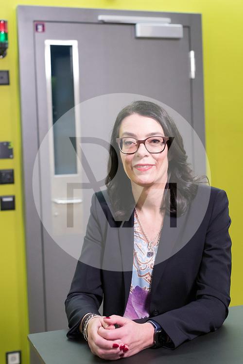 SCHWEIZ - ZÜRICH - SRF-Direktorin Nathalie Wappler - 18. Dezember 2019 © Raphael Hünerfauth - http://huenerfauth.ch