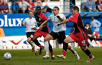 Photo: Leigh Quinnell.<br /> Luton Town v Southampton. Coca Cola Championship. 07/04/2007. Luton's Dean Morgan fights his way through the Southampton defence.