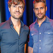 NLD/Bussum/20151106 - Sky Radio's 60 Dagen Superprijzen stoelendans actie, Nick & Simon