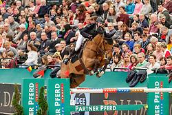 DEVOS Pieter (BEL), Espoir<br /> Leipzig - Partner Pferd 2020<br /> Longines FEI Jumping World Cup™ presented by Sparkasse<br /> Sparkassen Cup - Großer Preis von Leipzig FEI Jumping World Cup™ Wertungsprüfung <br /> Springprüfung mit Stechen, international<br /> Höhe: 1.55 m<br /> 19. Januar 2020<br /> © www.sportfotos-lafrentz.de/Stefan Lafrentz