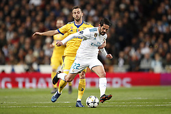 (l-r) Miralem Pjanic of Juventus FC, Isco of Real Madrid during the UEFA Champions League quarter final match between Real Madrid and Juventus FC at the Santiago Bernabeu stadium on April 11, 2018 in Madrid, Spain