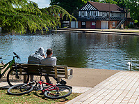 Stratford upon avon people out in the sun during lockdown photo by mark anton smith