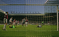 Photo: Andrew Unwin.<br /> Newcastle United v West Ham United. The Barclays Premiership. 20/01/2007.<br /> Newcastle's Obafemi Martins (R) hits the post with his diving header.