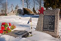 Bielsk Podlaski, woj podlaskie, 03.03.2011.  Cmentarz wojenny . Sa tu pochowani zolnierze polscy i radzieccy polegli w II Wojnie Swiatowej fot Michal Kosc / AGENCJA WSCHOD
