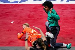 03-12-2019 JAP: Netherlands - Cuba, Kumamoto<br /> Third match 24th IHF Women's Handball World Championship, Netherlands win the third match against Cuba with 51- 23. / Angela Malestein #26 of Netherlands, Indiana Cedeno Ramos #12 of Cuba