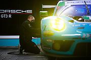 March 20, 2021. IMSA Weathertech Mobil 1 12 hours of Sebring:   Wright Motorsports, Porsche 911 GT3 R mechanic