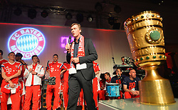 "17.05.2014, T Com, Berlin, GER, DFB Pokal, Bayern Muenchen Pokalfeier, im Bild Michael Hagsphil, marketing director of Telekom Deutschland celebrates Michael Hagsphil, // during the FC Bayern Munich ""DFB Pokal"" Championsparty at the T Com in Berlin, Germany on 2014/05/17. EXPA Pictures © 2014, PhotoCredit: EXPA/ Eibner-Pressefoto/ EIBNER<br /> <br /> *****ATTENTION - OUT of GER*****"