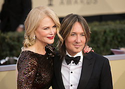 January 21, 2018 - Los Angeles, California, U.S - Singer Keith Urban (L) and actor Nicole Kidman  at the red carpet of the 24th Annual Screen Actors Guild Awards held at the Shrine Auditorium in Los Angeles, California, Sunday January 21, 2018. (Credit Image: © Prensa Internacional via ZUMA Wire)