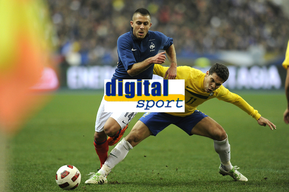 FOOTBALL - FRIENDLY GAME 2010/2011 - FRANCE v BRAZIL - 9/02/2011 - PHOTO JEAN MARIE HERVIO / DPPI - JEREMY MENEZ (FRA) / HERNANES (BRA)
