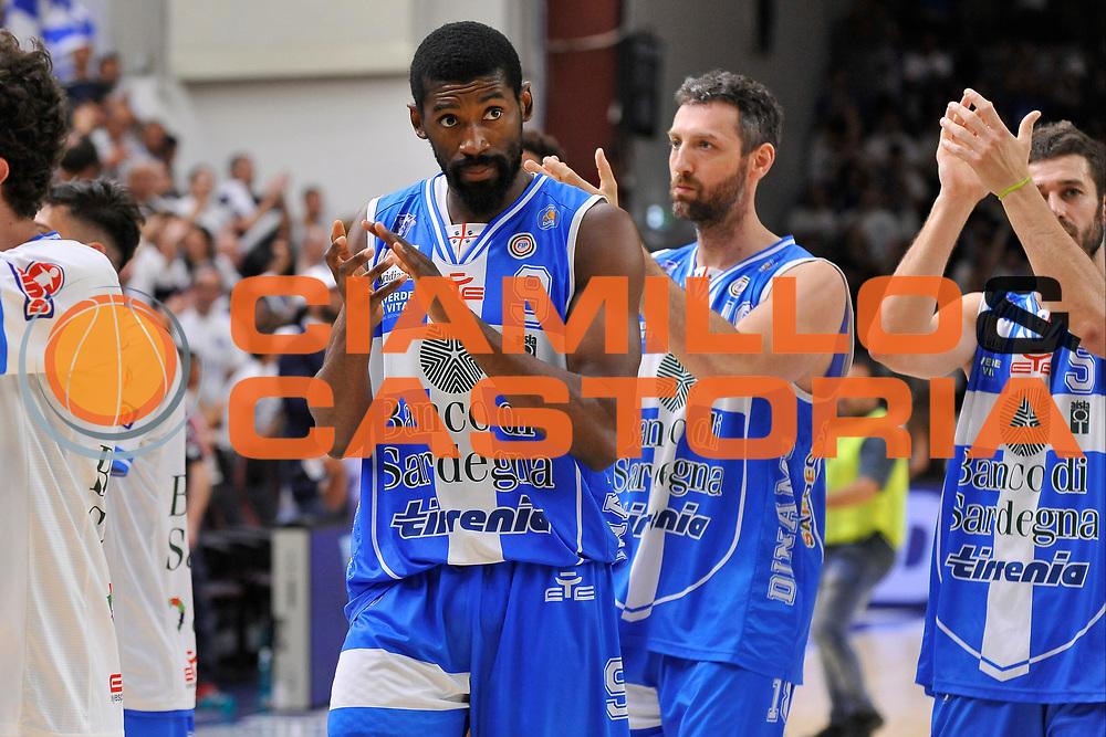 DESCRIZIONE : Campionato 2014/15 Serie A Beko Dinamo Banco di Sardegna Sassari - Grissin Bon Reggio Emilia Finale Playoff Gara3<br /> GIOCATORE : Shane Lawal<br /> CATEGORIA : Postgame Ritratto Esultanza<br /> SQUADRA : Dinamo Banco di Sardegna Sassari<br /> EVENTO : LegaBasket Serie A Beko 2014/2015<br /> GARA : Dinamo Banco di Sardegna Sassari - Grissin Bon Reggio Emilia Finale Playoff Gara3<br /> DATA : 18/06/2015<br /> SPORT : Pallacanestro <br /> AUTORE : Agenzia Ciamillo-Castoria/C.Atzori