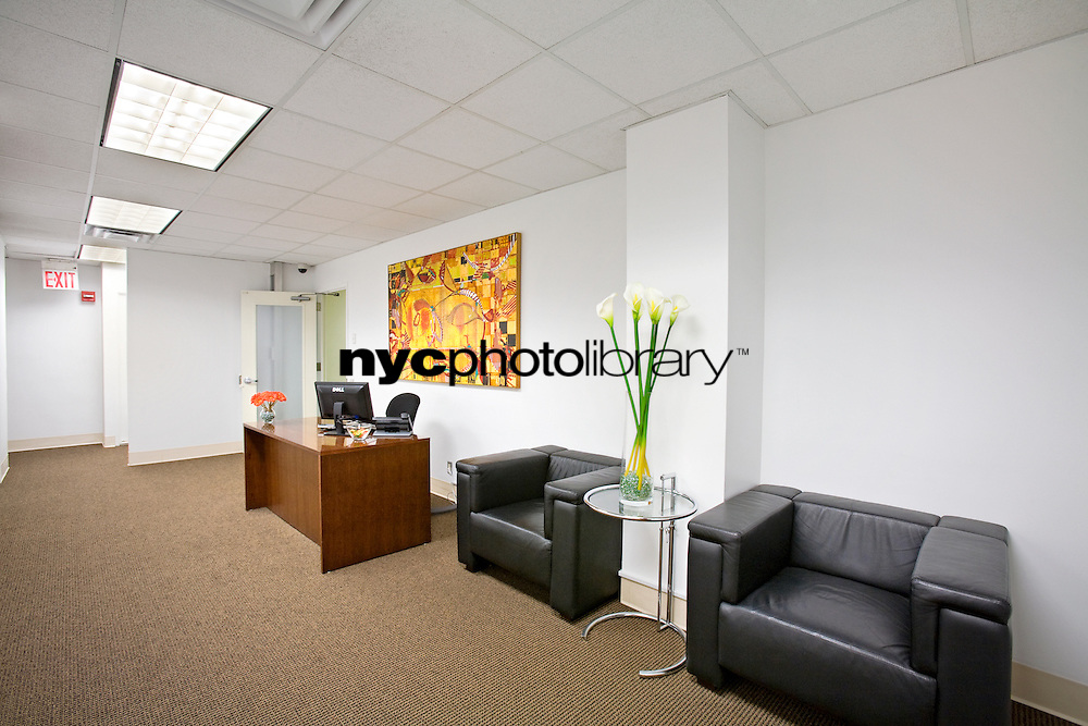 Office at 880 3rd Avenue