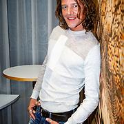 """NLD//Amsterdam/20160426 - Perspresentatie """"De Wereld Rond in 6 Stappen"""", Tygo Gernandt"""
