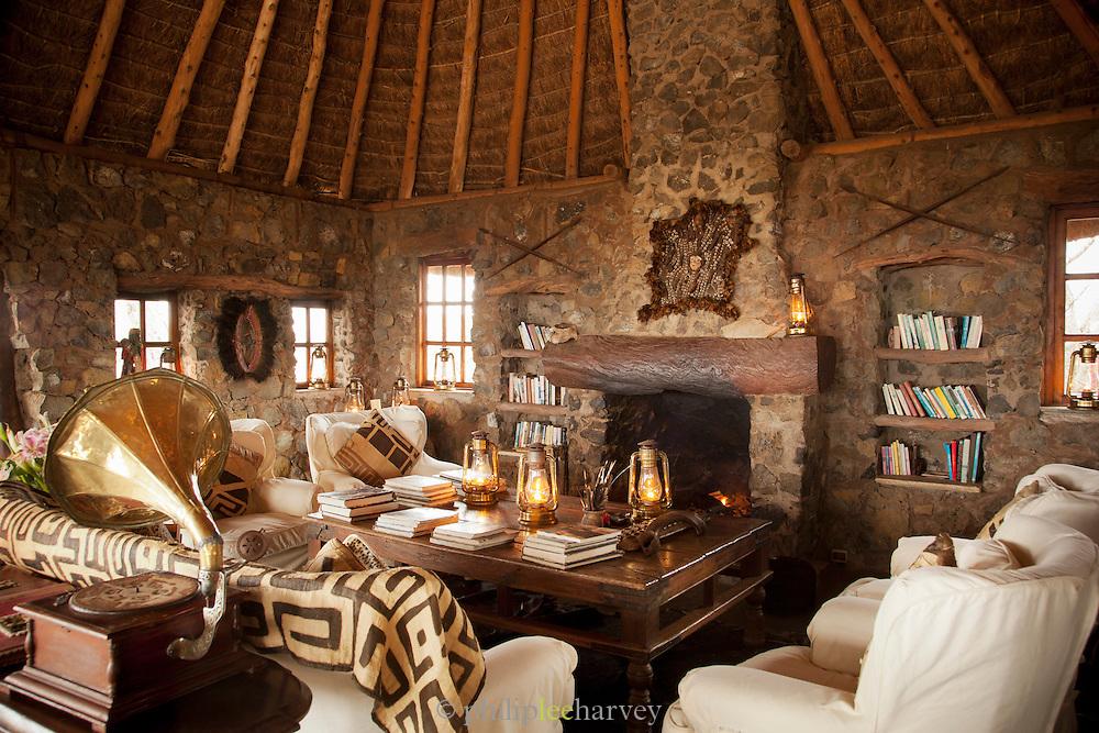 The lounge of Camp Ya Kanzi, a luxury safari camp in the Chyulu Hills in Kenya