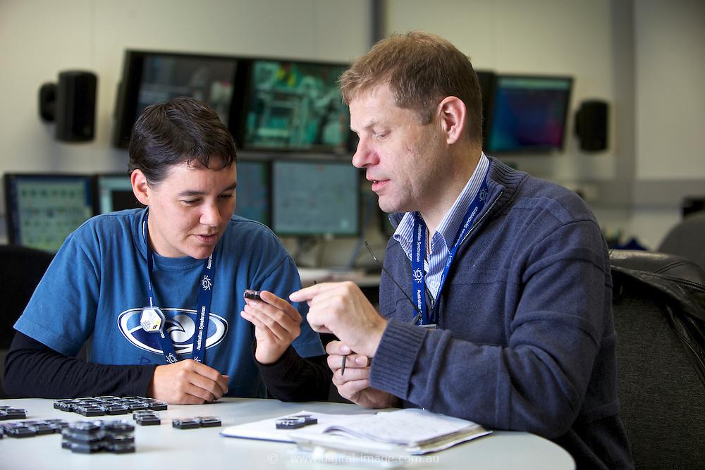 Tim Kemmitt and Bridget Ingham, from Industrial Research, NZ, at the Powder Diffraction beamline, Australian Synchrotron