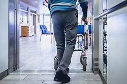 THEMENBILD - ein Altenheim Bewohner geht mit Hilfe eines Rollators aus einem Aufzug, aufgenommen am 12. Februar 2020 in Kaprun, Oesterreich // an old people's home resident walks out of an elevator with the help of a walker, in Kaprun, Austria on 2020/02/12. EXPA Pictures © 2020, PhotoCredit: EXPA/Stefanie Oberhauser