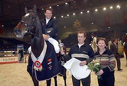Prizegiving<br />KWPN hengstenkeuring 2003<br />Photo © Dirk Caremans