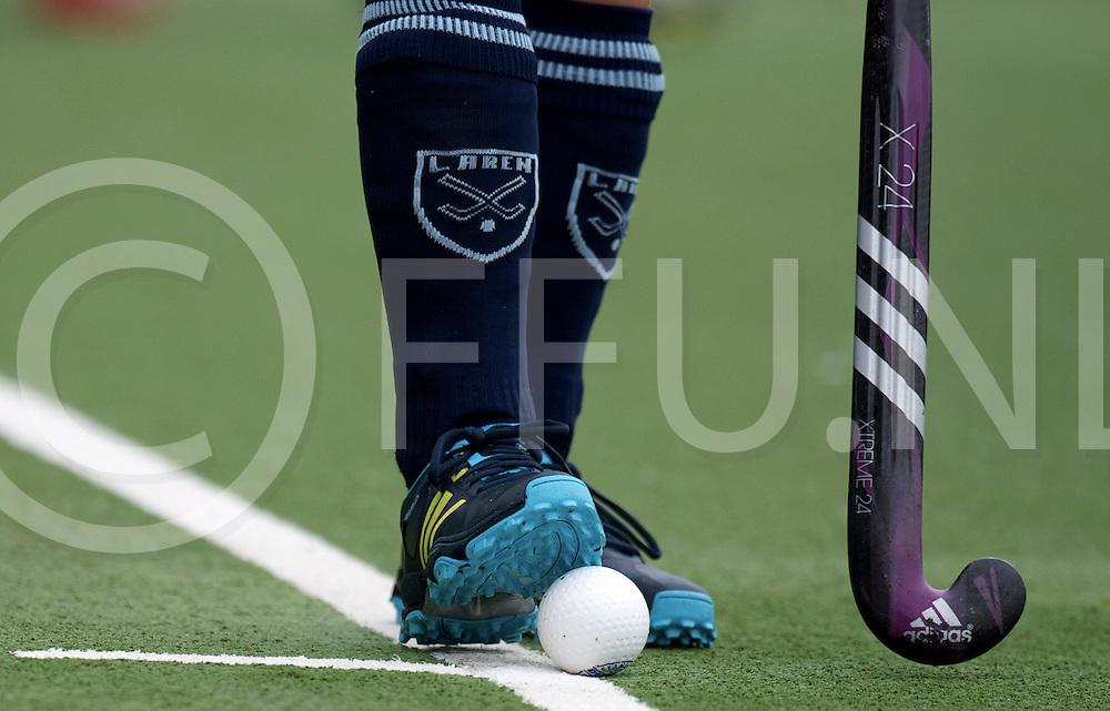 LAREN - Laren- Hurley.<br /> Foto: bal en adidas stick van Naomi van As.<br /> FFU PRESS AGENCY COPYRIGHT FRANK UIJLENBROEK