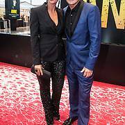 NLD/Amsterdam/20140508 - Wereldpremiere Musical Anne, Jeroen van der Boom en partner Dani de Wit