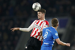 (L-R) Marco van Ginkel of PSV, Wouter Marinus of PEC Zwolle during the Dutch Eredivisie match between PSV Eindhoven and PEC Zwolle at the Phillips stadium on February 03, 2018 in Eindhoven, The Netherlands
