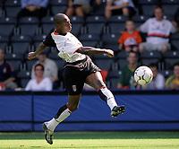 Luis Boa Morte (Fulham)  Fulham v Real Mallorca, Pre-Season Friendly, 10/08/2003. Credit: Colorsport / Matthew Impey