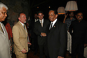 TIM LOTT, ANDREW MILTON AND THE PRESIDENT OF MAURITIUS SIR ANEROOD JUGNAUTH . LE PRINCE MAURICE PRIZE 2006. PRINCE MAURICE HOTEL. MAURITIUS. 27 May 2006. ONE TIME USE ONLY - DO NOT ARCHIVE  © Copyright Photograph by Dafydd Jones 66 Stockwell Park Rd. London SW9 0DA Tel 020 7733 0108 www.dafjones.com