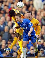 Photo: Scott Heavey, Digitalsport.<br /> Chelsea v Everton. FA Barclaycard Premiership. 17/04/2004.<br /> Scott Parker is beaten in the air by Joseph Yobo