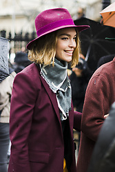 March 4, 2018 - Paris, France - Arizona Muse is seen leaving the Givenchy show as part of the Paris Fashion Week Womenswear Fall/Winter 2018/2019 on March 4, 2018 in Paris, France. (Credit Image: © Nataliya Petrova/NurPhoto via ZUMA Press)