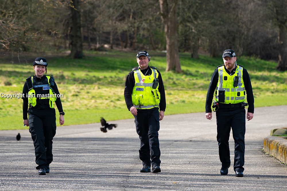 Edinburgh, Scotland, UK. 31 March, 2020. Police patrol public parks and walking areas to enforce the coronavirus lockdown regulations about being outdoor. Police patrol at Gypsy Brae recreation ground on waterfront. Iain Masterton/Alamy Live News